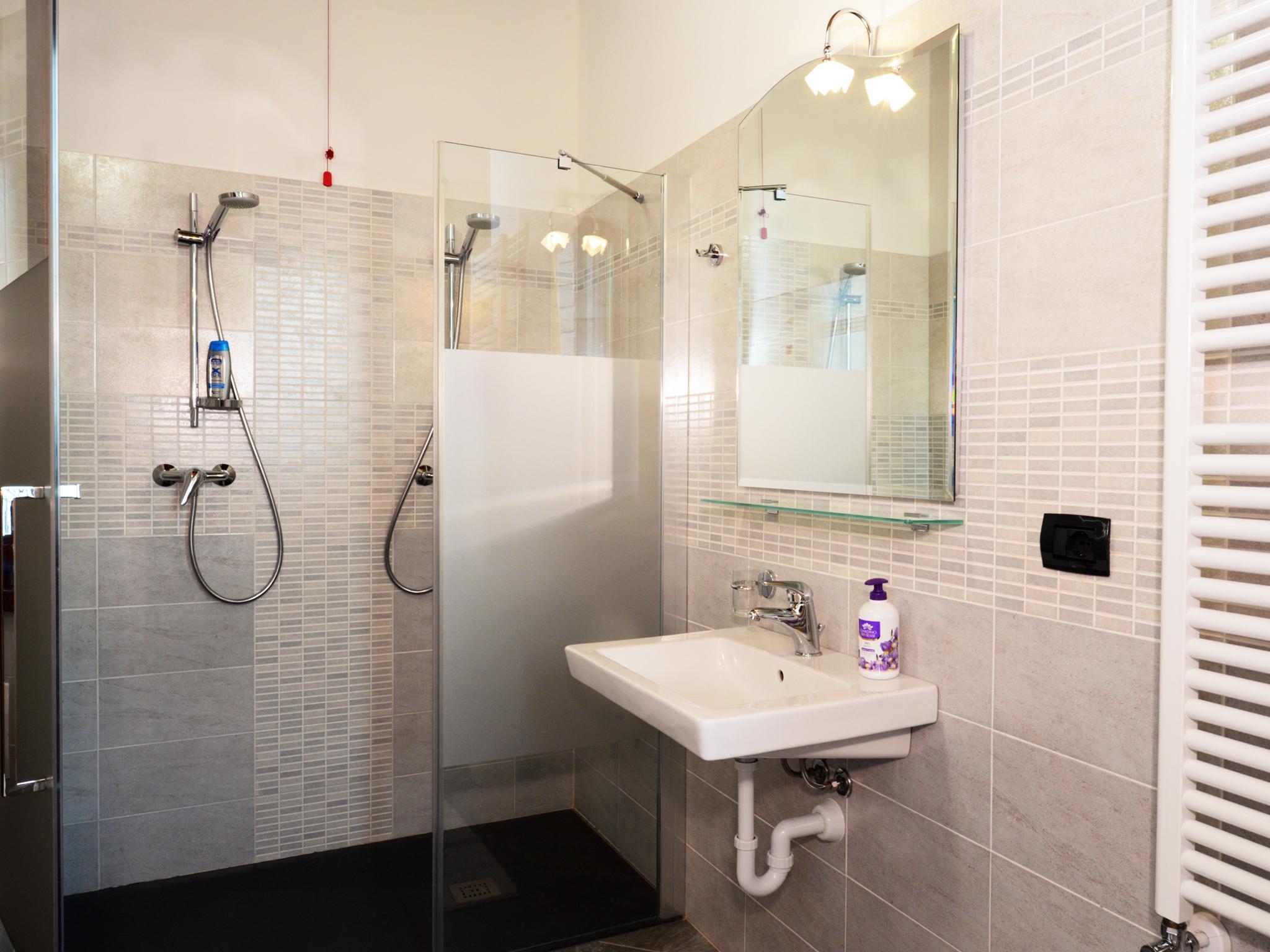 doppia bagno con doccia